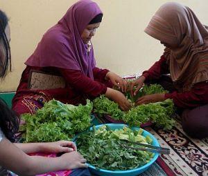 Menyiapkan Sayuran