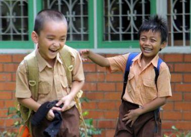 Senangnya Melihat Anak-anak yang Ceria (sumber: sos.or.id)
