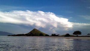 Menuju Pulau Kenawa