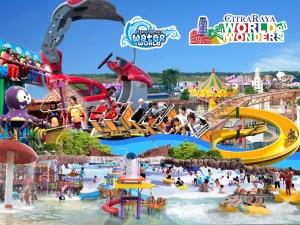 Water World dan World of Wonders Theme Park
