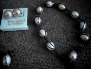 Di Lombok juga terdapat perhiasan mutiara yang terjangkau, tapi berasal dari mutiara air tawar dan kualitasnya jauh di bawah ISSP (dokpri)