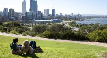 Di taman ini Kalian bisa menyejukkan mata dan badan (gambar: westernaustralia.com)