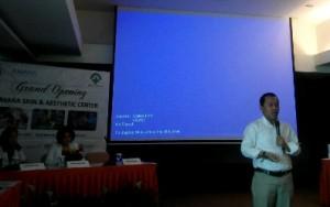 Kepala RSU Bunda Jakarta dr Didid Winnetouw