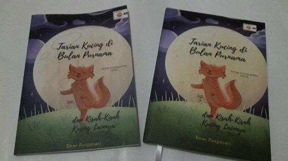 Kucing dan buku