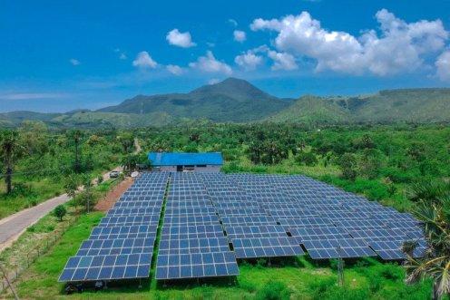Tenaga matahari paling potensial menjadi sumber energi listrik di Indonesia   sumber gambar: AntaraNews.com
